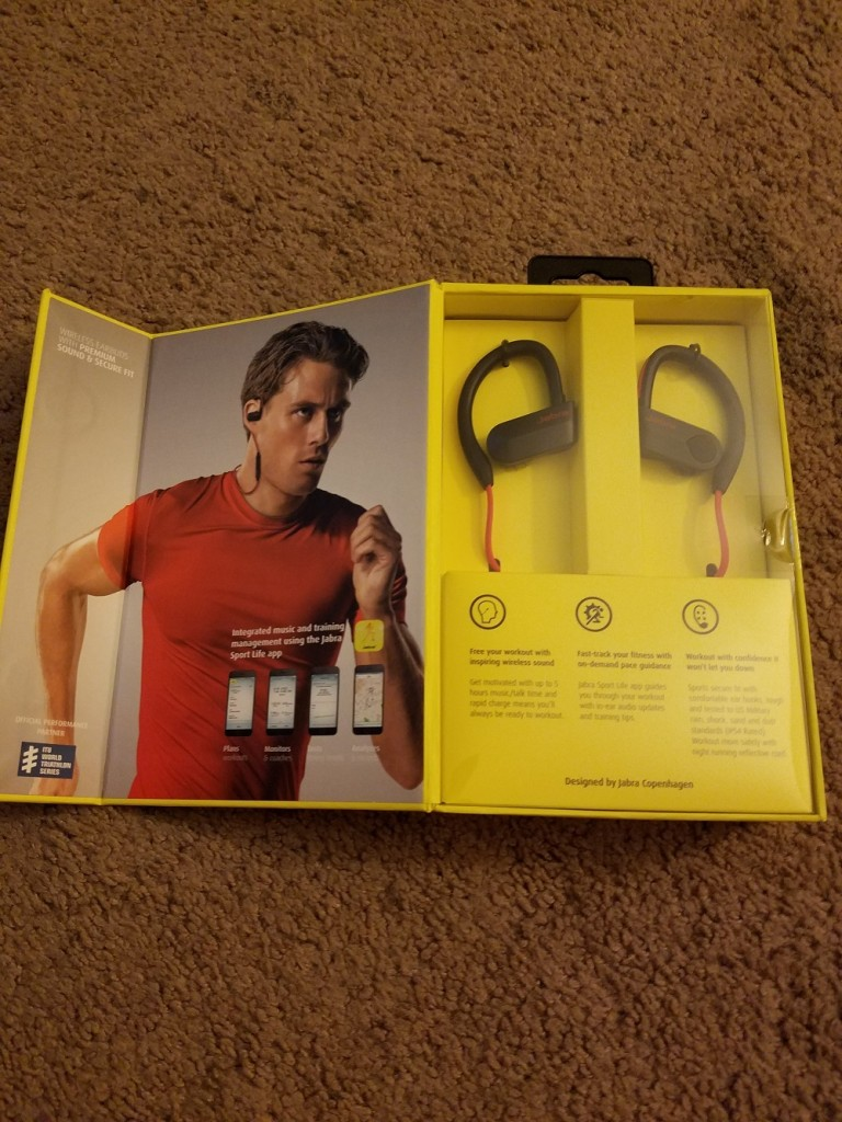 Jabra Sport Pace Wireless Bluetooth Earbuds Review Jabrasportpace Blue Since I Was Able To Do A On The Halo Smart My Husband Stole These From Me Literally Didnt Even Get Chance Try It Out
