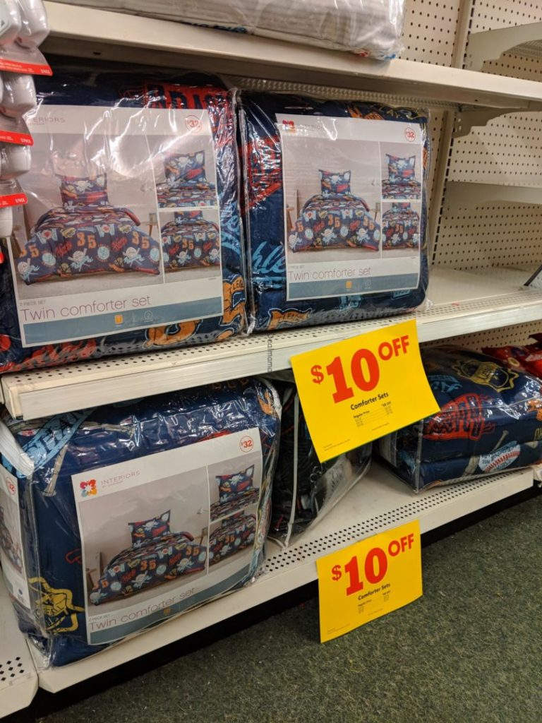 Comforter sets just at family dollar runnnn - Interiors by design family dollar ...